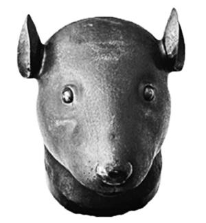 得圆明园鼠首和兔首铜像,但称因拍品无法入境而不付款.资料图片-