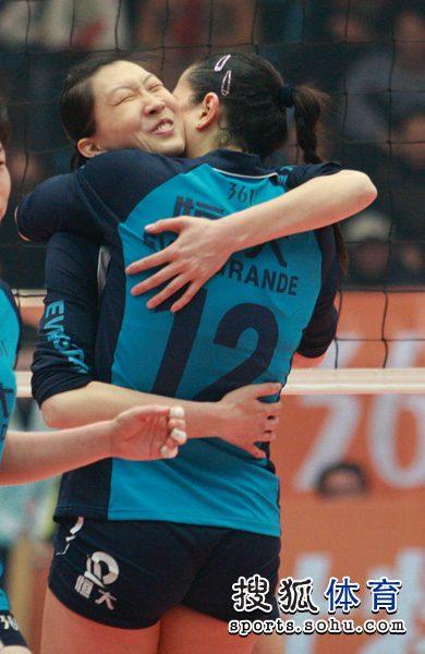14女排联赛半决赛_女排联赛半决赛第三回合江苏胜天津晋级决赛