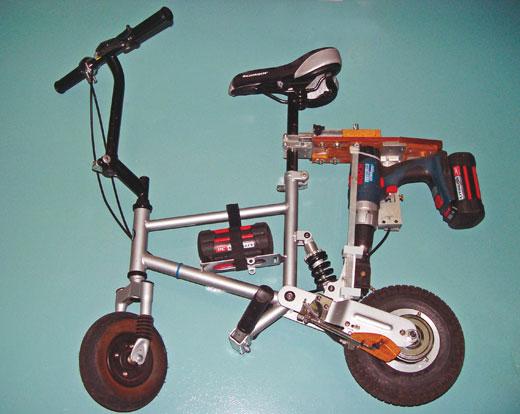 电钻自行车:二手充电电钻驱动迷你电动自行车
