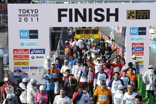 2011年东京马拉松终点盛况