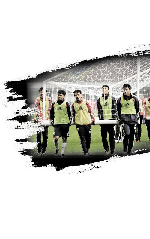 中国国家少年足球队_荷兰教头:发展足球无捷径 中国不该只有国家队-搜狐体育