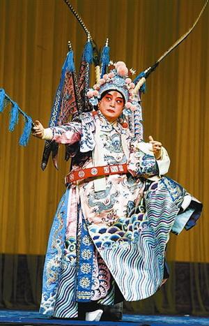 《龙凤呈祥》 龙抬头 亮相 戏迷大呼过瘾;    叶少兰扮演周瑜; 京剧界图片