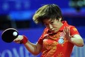 图文:亚锦赛中国女乒3-0韩国 刘诗雯奋力回球