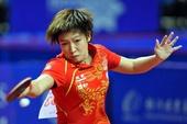 图文:亚锦赛中国女乒3-0韩国 刘诗雯正手回球