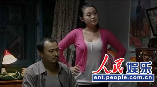 《乡村爱情3》开始,随着杨晓燕这个角色的出现,大家对关婷娜有了很深