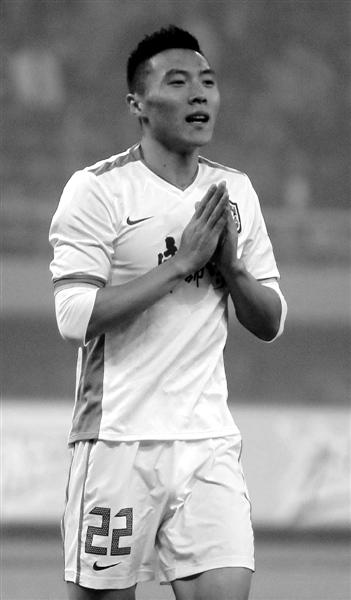 于大宝表示此次转会阿尔滨,需要感谢的人很多。资料图片/Osports