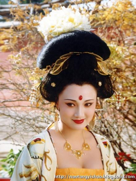 图:《唐明皇》杨玉环扮演者林芳兵15岁儿子曝光