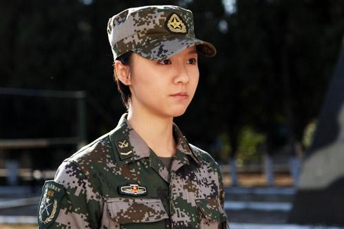 麻辣女兵演员表_《麻辣女兵》热拍 刘婧被赞\
