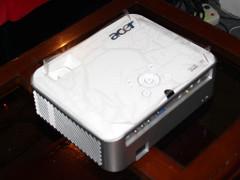Acer H7531D投影机细节