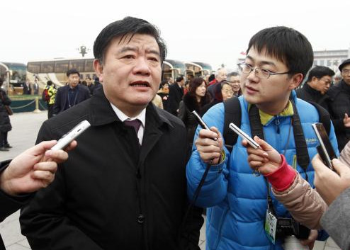 陈竺是在参加十一届全国人大五次会议期间接受中新社记者采访时透露上述信息的。