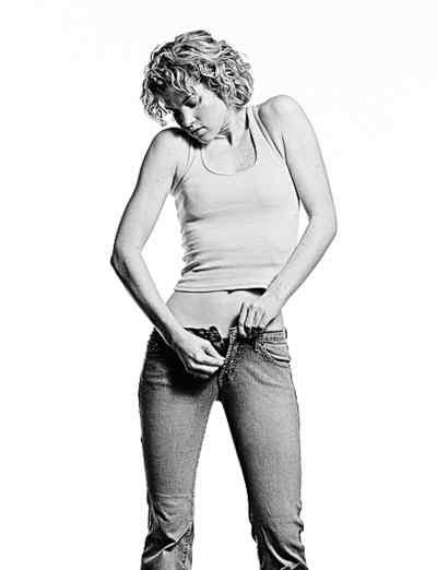很多人喜欢穿低腰的裤子