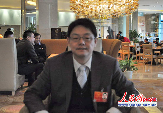 叶青代表。人民网记者 单薇摄