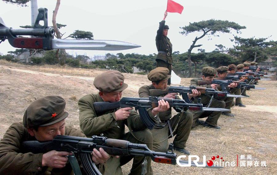 朝鲜军队继续在朝韩边境进行军事演习(高清组图)