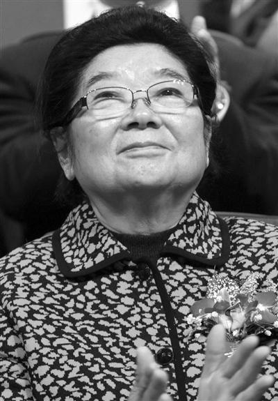 顾秀莲,第十届全国人大常委会副委员长,1982年至1989年任江苏省省长。