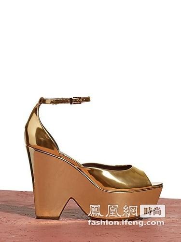 春夏 系列/CéLINE 2012春夏系列鞋履依然是以大热的厚底鞋为主打款式。