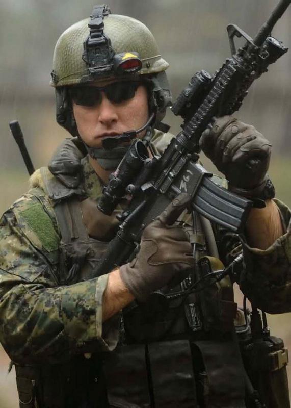高清 美国庞大特战队在行动