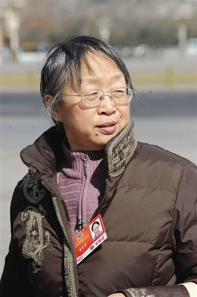 董良翚 全国政协委员,中共建党创始人之一董必武的女儿。