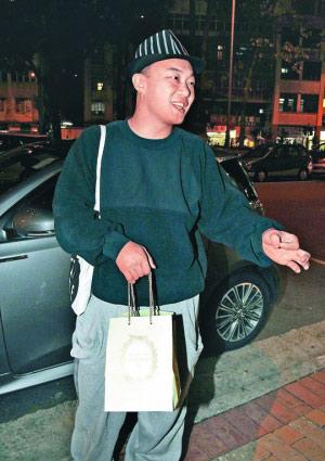 陈奕迅豪砸370万买跑车 60场巡演吸金逾1.2亿