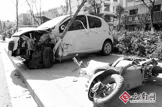 吉利车被撞得最惨高清图片