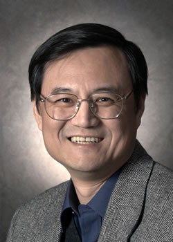 央行货币政策委员会委员钱颖一教授