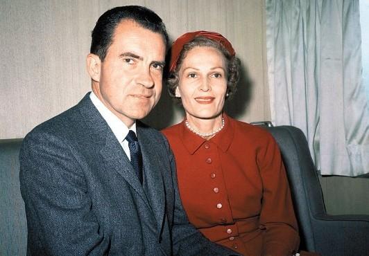 美国总统尼克松与妻子