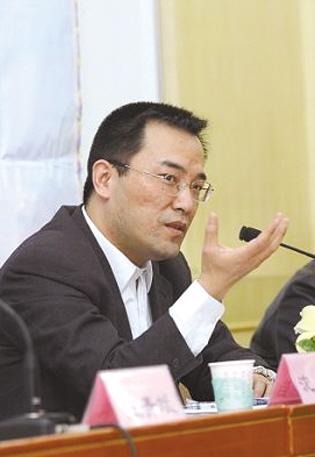 沈岿 北大法学院副院长,北大版《行政诉讼法》修改建议稿课题组成员