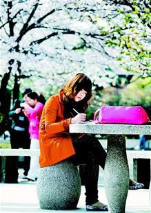长江大学/湖北日报讯图为:学习,校园永恒的主打曲。长江大学 曾尉摄