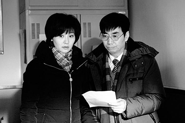 范明/本报讯婚姻轻喜剧《浪漫向左婚姻往右》,正在辽宁卫视热播。