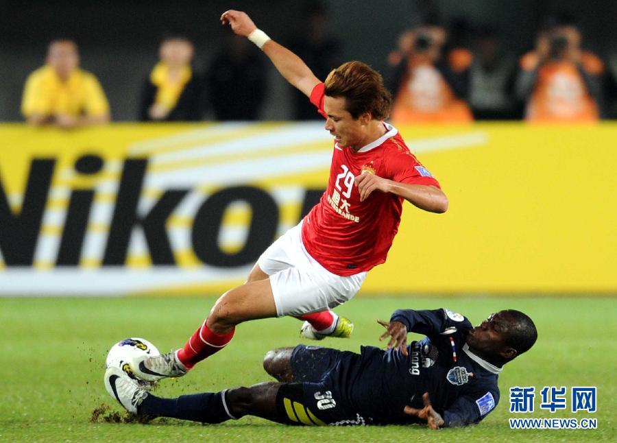 当日,在2012年亚冠联赛h组第二轮比赛中,广州恒大队主场以1比2不敌