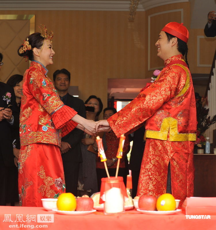 诸葛紫岐/婚礼现场。