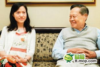 娱乐圈里的祖孙恋 杨振宁翁帆差54岁【组图】