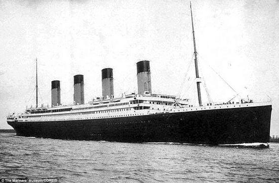 """""""永不沉没""""之船:这是在首行出发时的情景,在当时被称为最具开创性的制造。"""