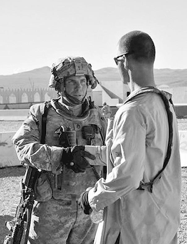 罗伯特/涉嫌枪杀阿富汗平民的美军士兵罗伯特·贝尔斯将受到指控,罪名...