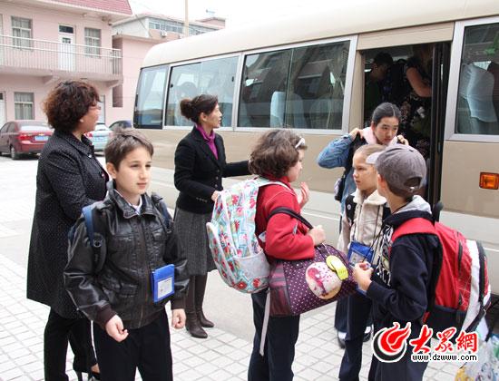 mosaique校园小学来到东方双语v校园全程小学学生学校测评卷数学图片