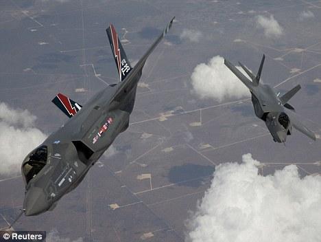 研发、购买和运行隐形F-35联合攻击战斗机项目的总开支将达1.45万亿美元。