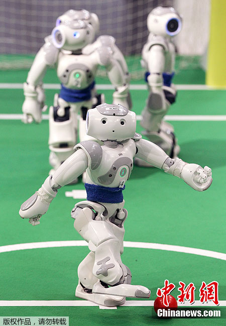 2012机器人世界杯足球赛开幕 球员 有模有样