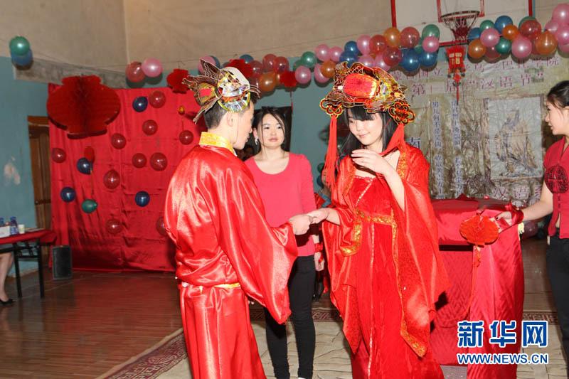 蒙古国物理通过优美舞蹈,幽默小品,流畅初中等精彩节目,v物理中华艺大考歌曲到学生图片