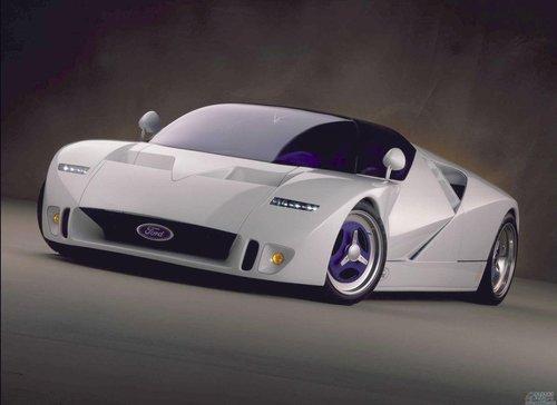 图3福特GT90概念车