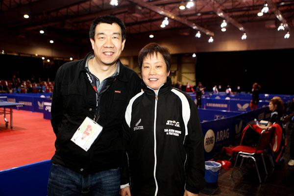 搜狐乒乓球记者郭健与李春丽