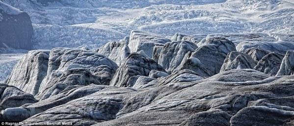 高清:摄影师镜头记录冰岛之美(组图)