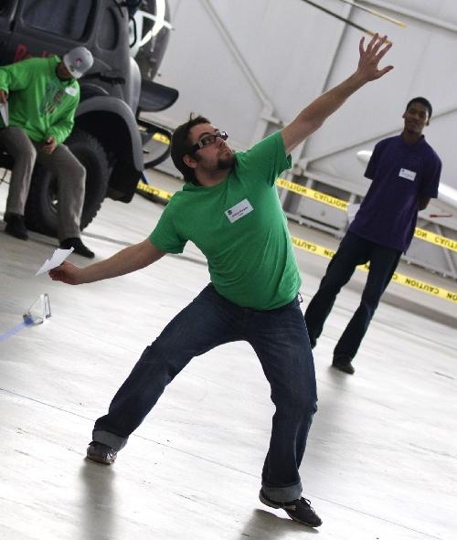 趣味:直板十足的纸竞技反手赛图文v趣味投掷乒乓球选手飞机攻球图片