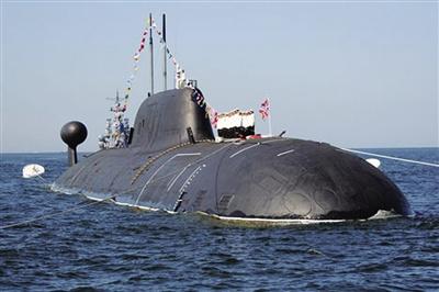 """4日,印度向俄罗斯租借的""""猎豹""""号核潜艇正式入编印度海军,而印度本土造的核潜艇预计也将于今年晚些时候服役。这艘租借的核潜艇将让印度跻身""""核潜艇大国俱乐部""""。"""