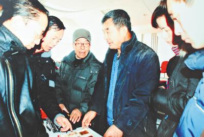 现年63岁的东北民俗博物馆馆长.老韩做过何事?图片
