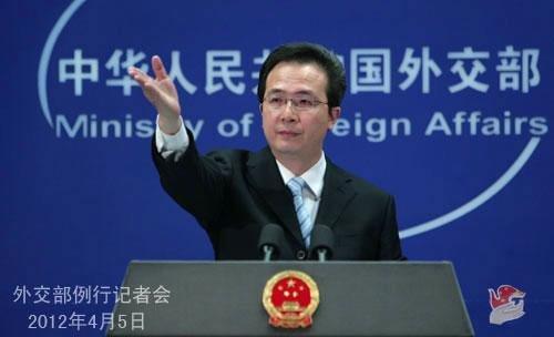 2012年4月5日,外交部发言人洪磊主持例行记者会。