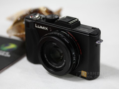 3.8倍光变、24mm广角 松下LX5促销3080元