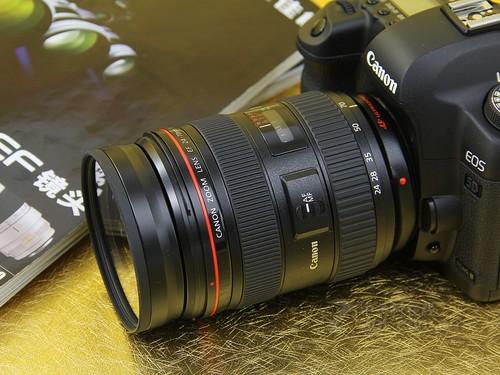 佳能5D2套机仅售18600元 送相机包促销