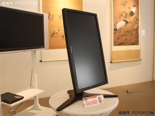争峰0.68cm!全球最薄优派显示器发布