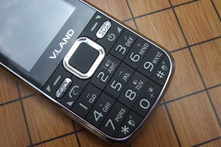 葳朗ex405_最懂老人心的手机 葳朗vd315评测(组图)