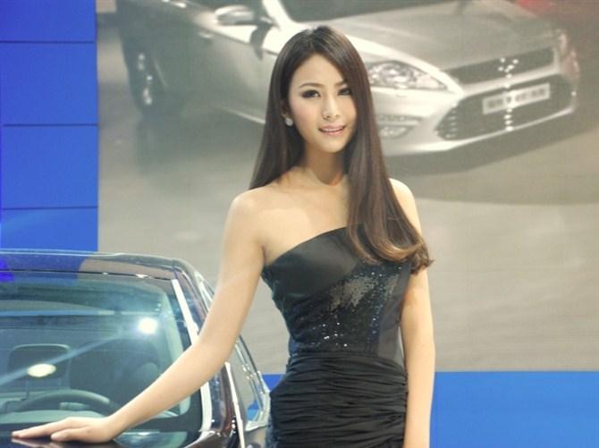 2012北京大全东南汽车模特抢先看草鱼杜娜(组视频车展车模图片