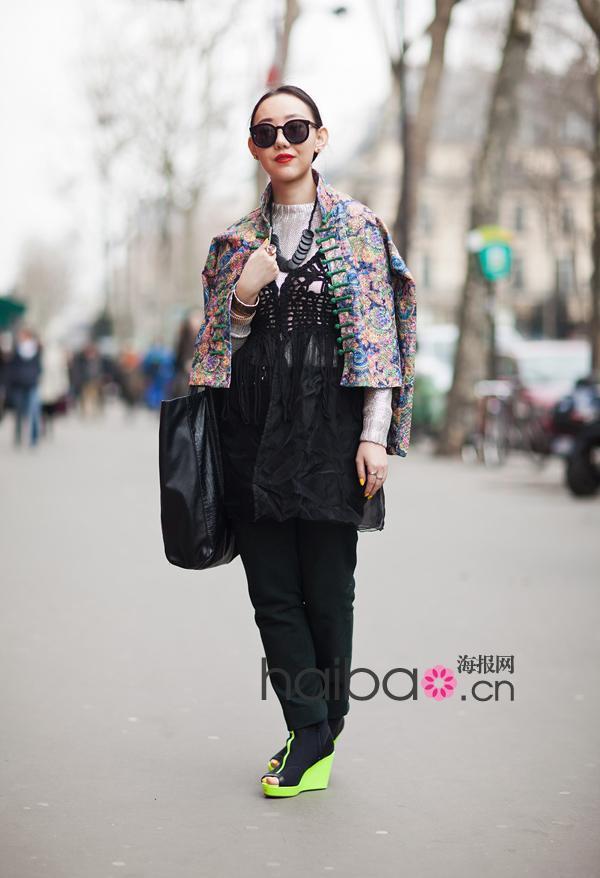 欧美 街拍/2012春夏欧美型人街拍示范大热印花单品搭配